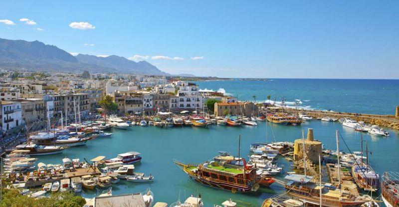 ميناء غرنة بمدينة غرنة